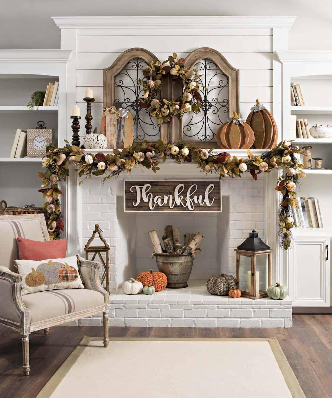 Fall-Mantel-Decorating-Ideas-24-1-Kindesign
