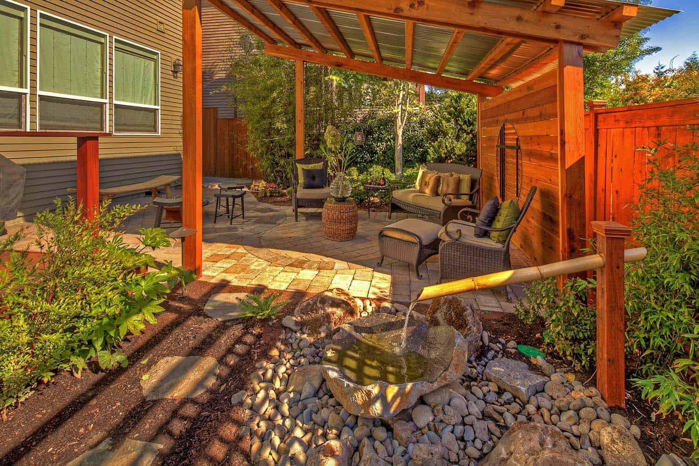 Inspiring-Outdoor-Garden-Fountains-10-1-Kindesign