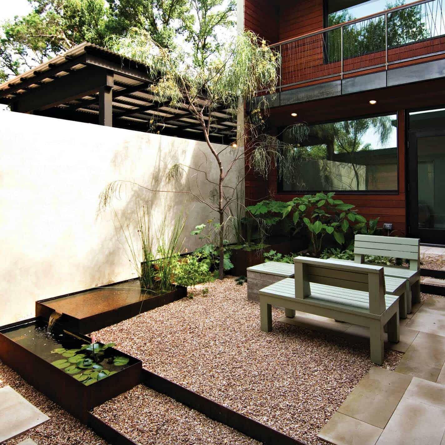 Inspiring-Outdoor-Garden-Fountains-12-1-Kindesign