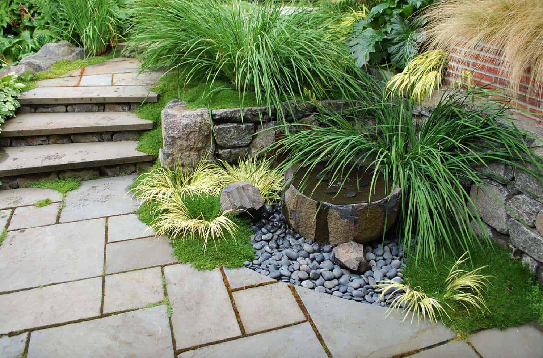 Inspiring-Outdoor-Garden-Fountains-20-1-Kindesign