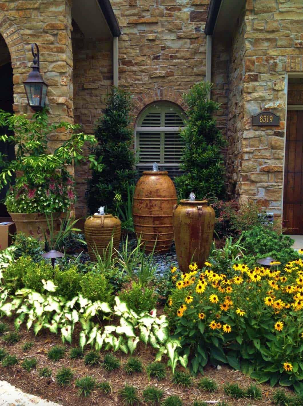 Inspiring-Outdoor-Garden-Fountains-21-1-Kindesign