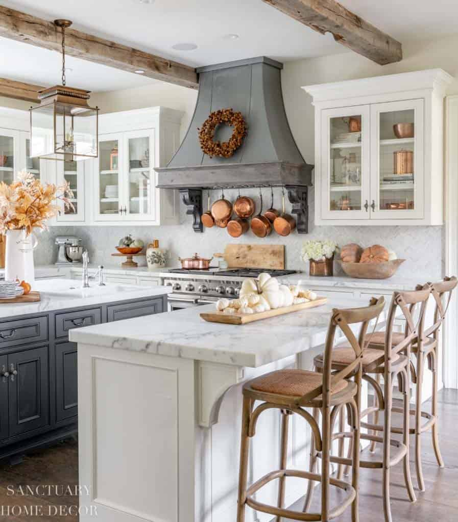 Inviting-Fall-Kitchen-Decorating-Ideas-01-1-Kindesign