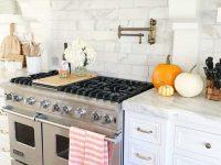 Inviting-Fall-Kitchen-Decorating-Ideas-06-1-Kindesign