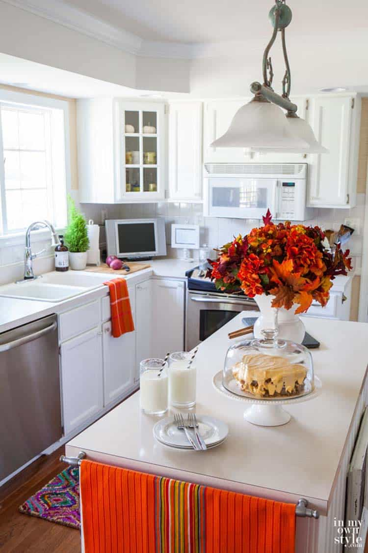 Inviting-Fall-Kitchen-Decorating-Ideas-10-1-Kindesign