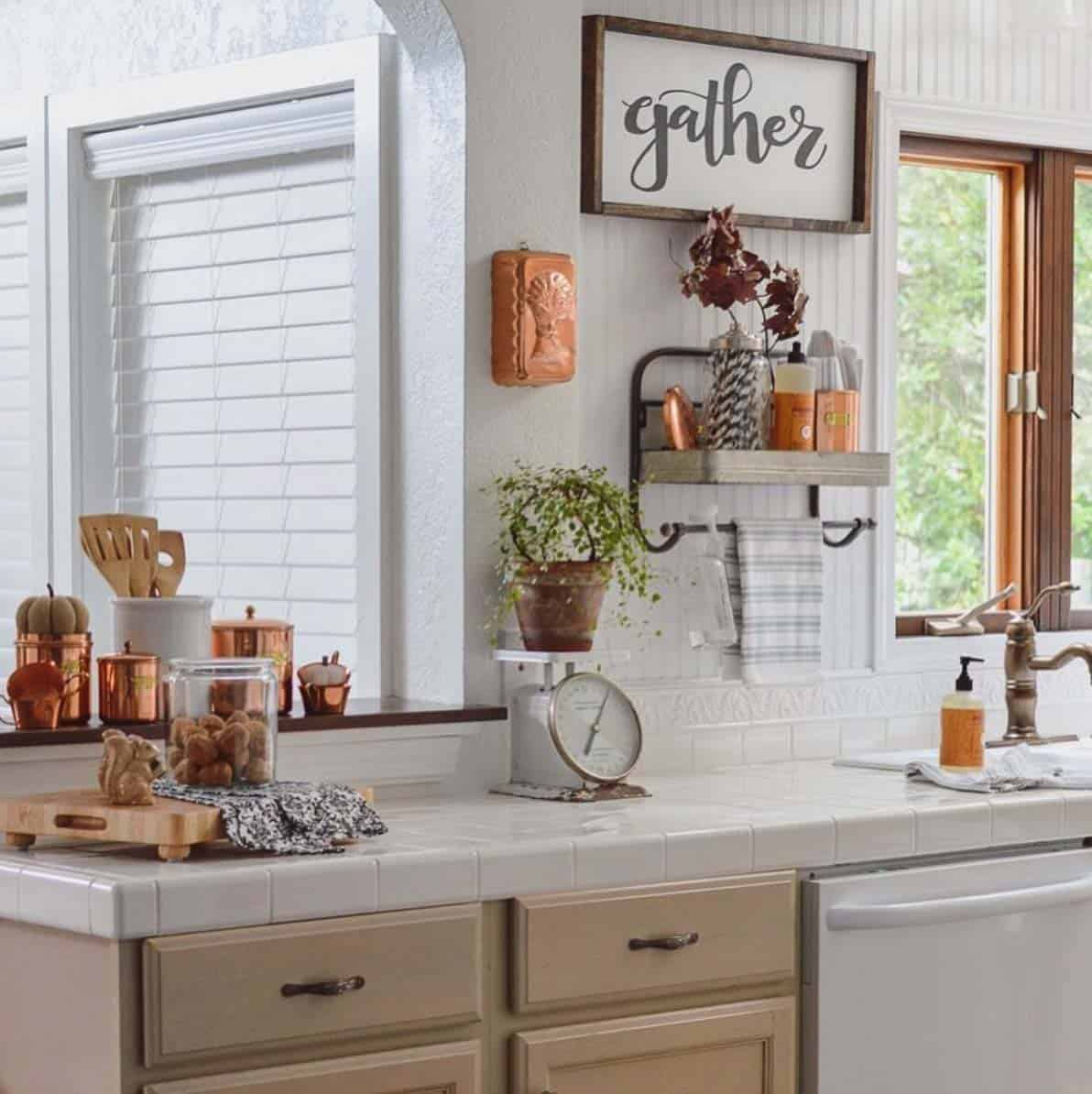 Inviting-Fall-Kitchen-Decorating-Ideas-17-1-Kindesign