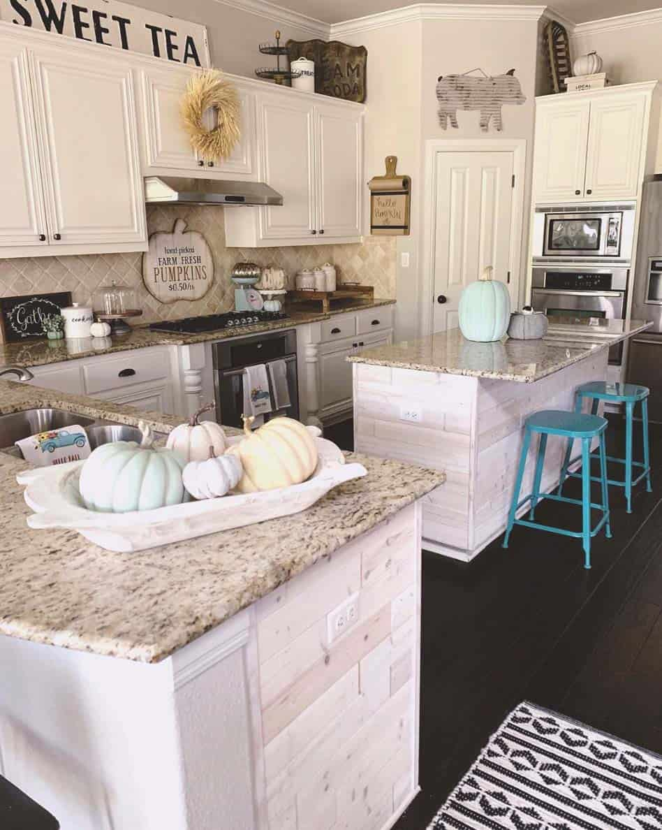 Inviting-Fall-Kitchen-Decorating-Ideas-20-1-Kindesign