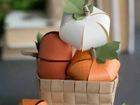 Outdoor-Fall-Party-Decorating-Ideas-29-1-Kindesign