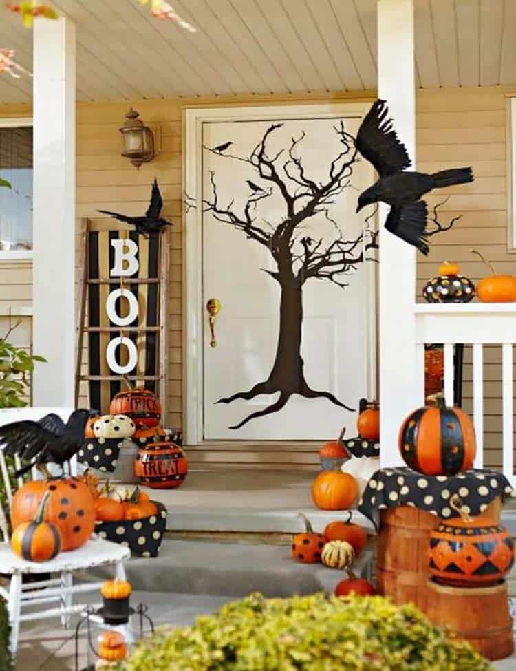 Spooky-Outdoor-Halloween-Decorating-Ideas-05-1-Kindesign