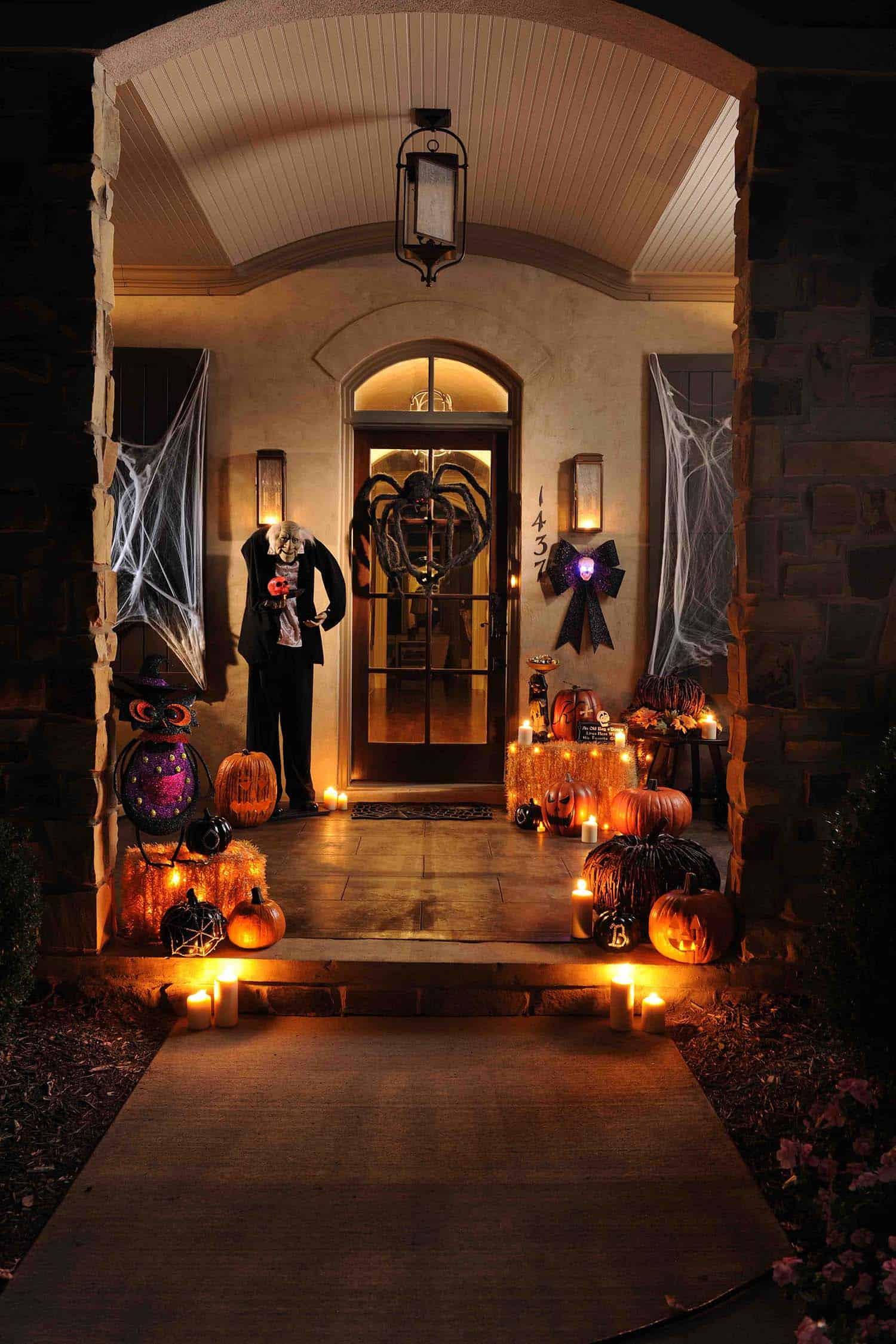 Spooky-Outdoor-Halloween-Decorating-Ideas-27-1-Kindesign