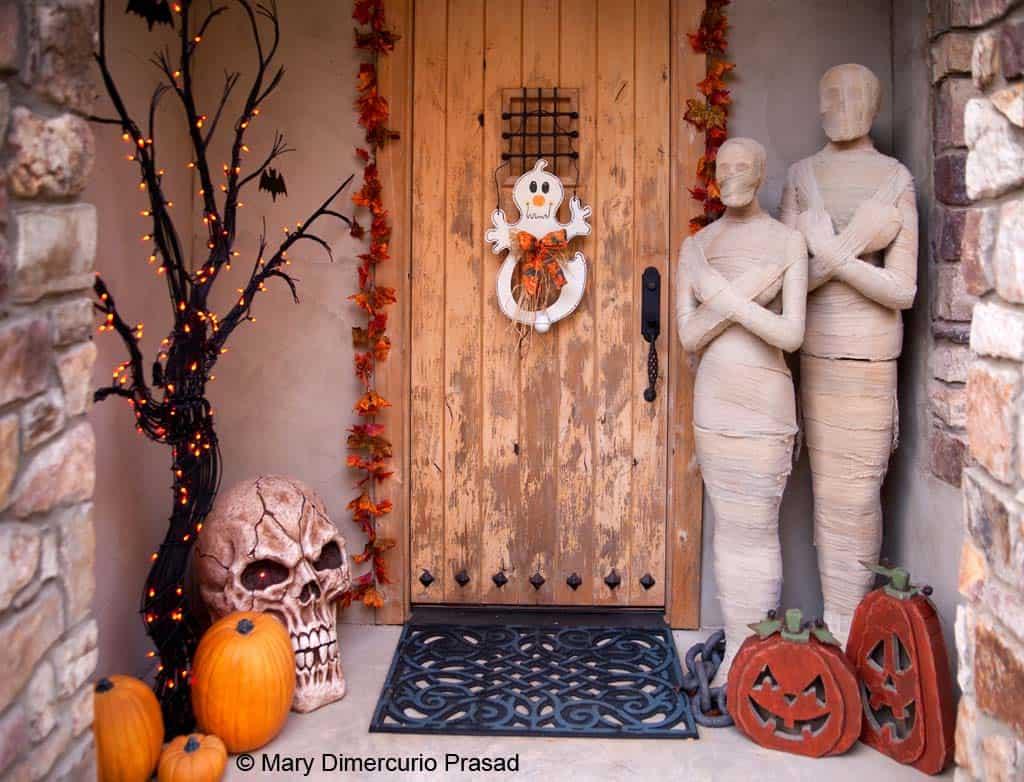 Spooky-Outdoor-Halloween-Decorating-Ideas-28-1-Kindesign