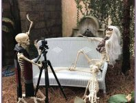 Spooky-Outdoor-Halloween-Decorating-Ideas-38-1-Kindesign