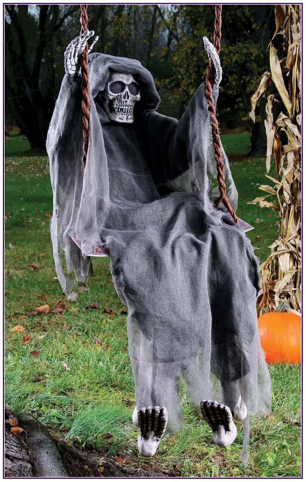 Spooky-Outdoor-Halloween-Decorating-Ideas-39-1-Kindesign