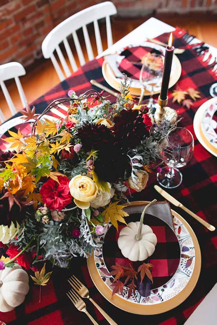 Thanksgiving-Table-Place-Setting-Ideas-12-1-Kindesign
