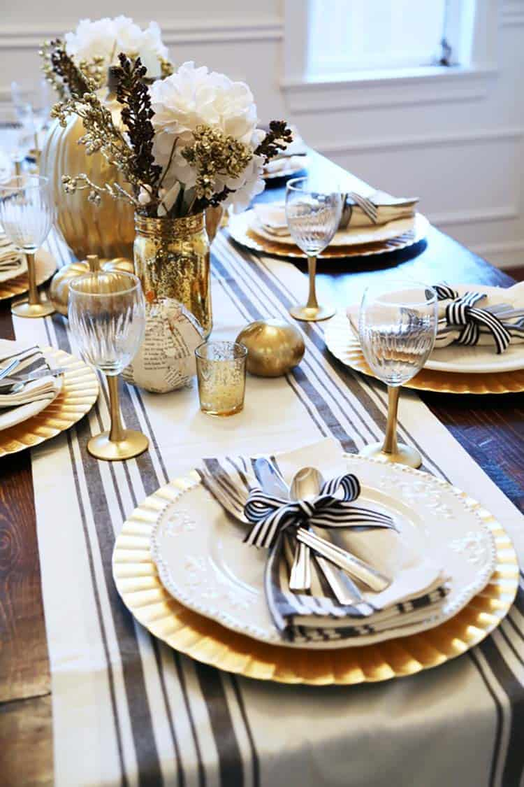Thanksgiving-Table-Place-Setting-Ideas-27-1-Kindesign