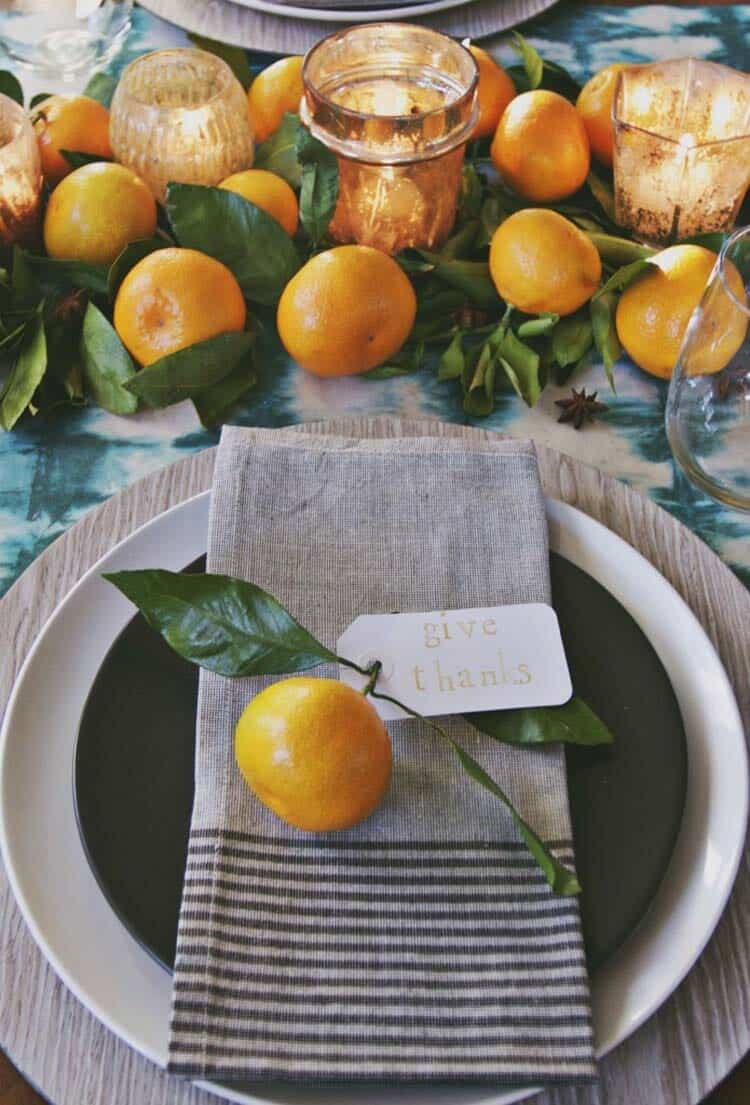 Thanksgiving-Table-Place-Setting-Ideas-29-1-Kindesign