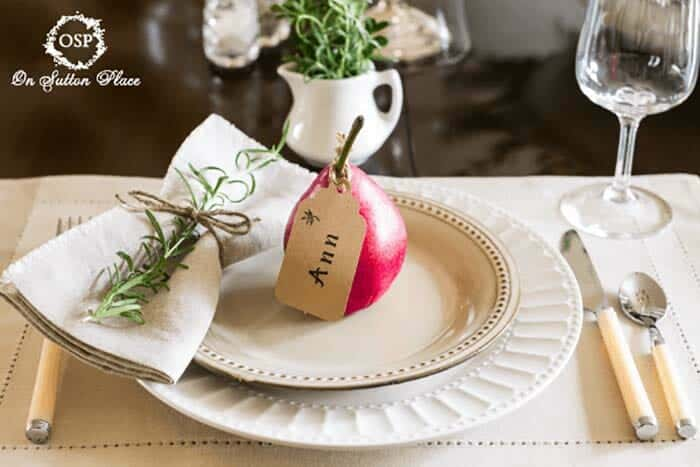 Thanksgiving-Table-Place-Setting-Ideas-31-1-Kindesign