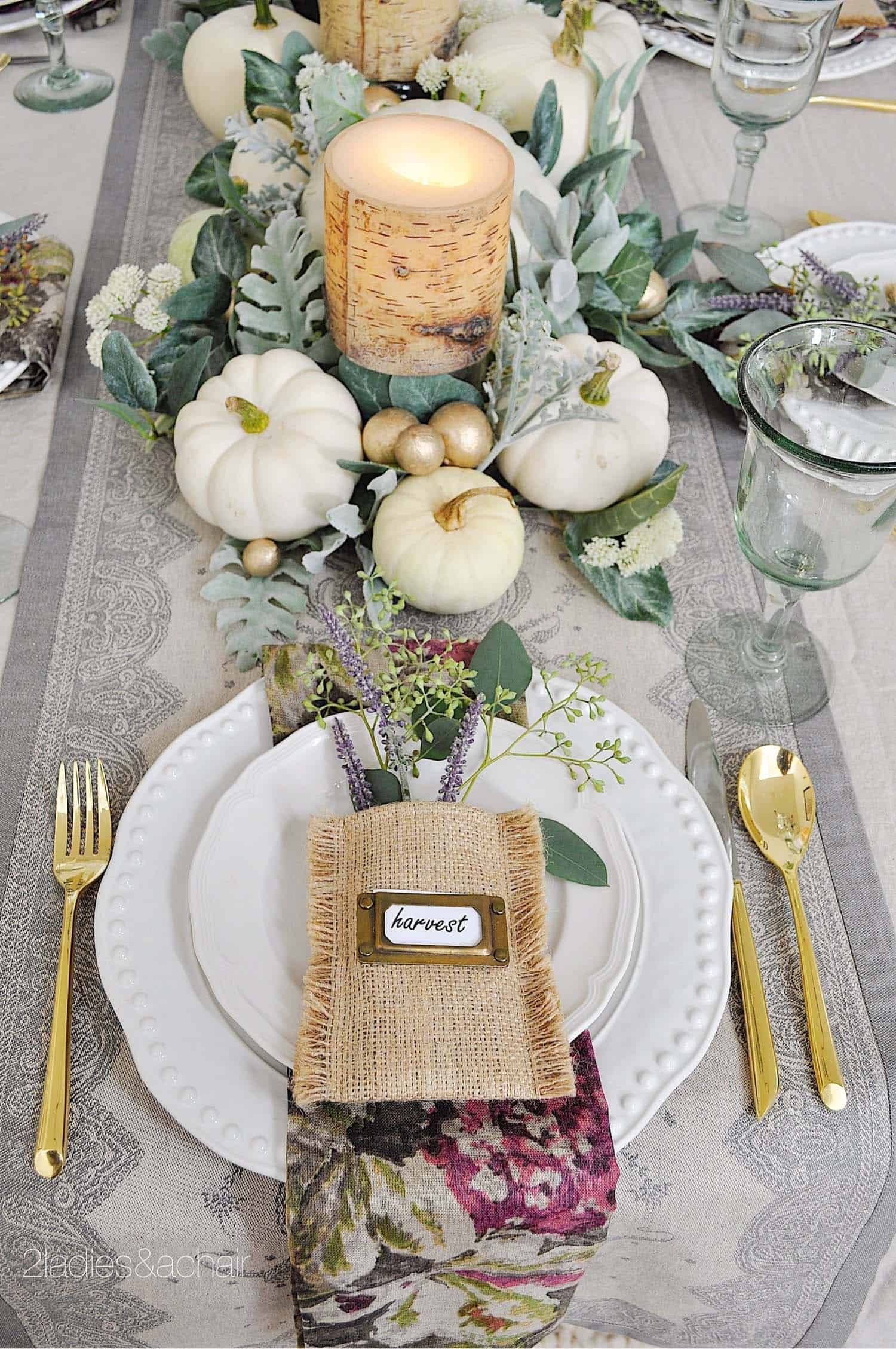 Thanksgiving-Table-Place-Setting-Ideas-32-1-Kindesign