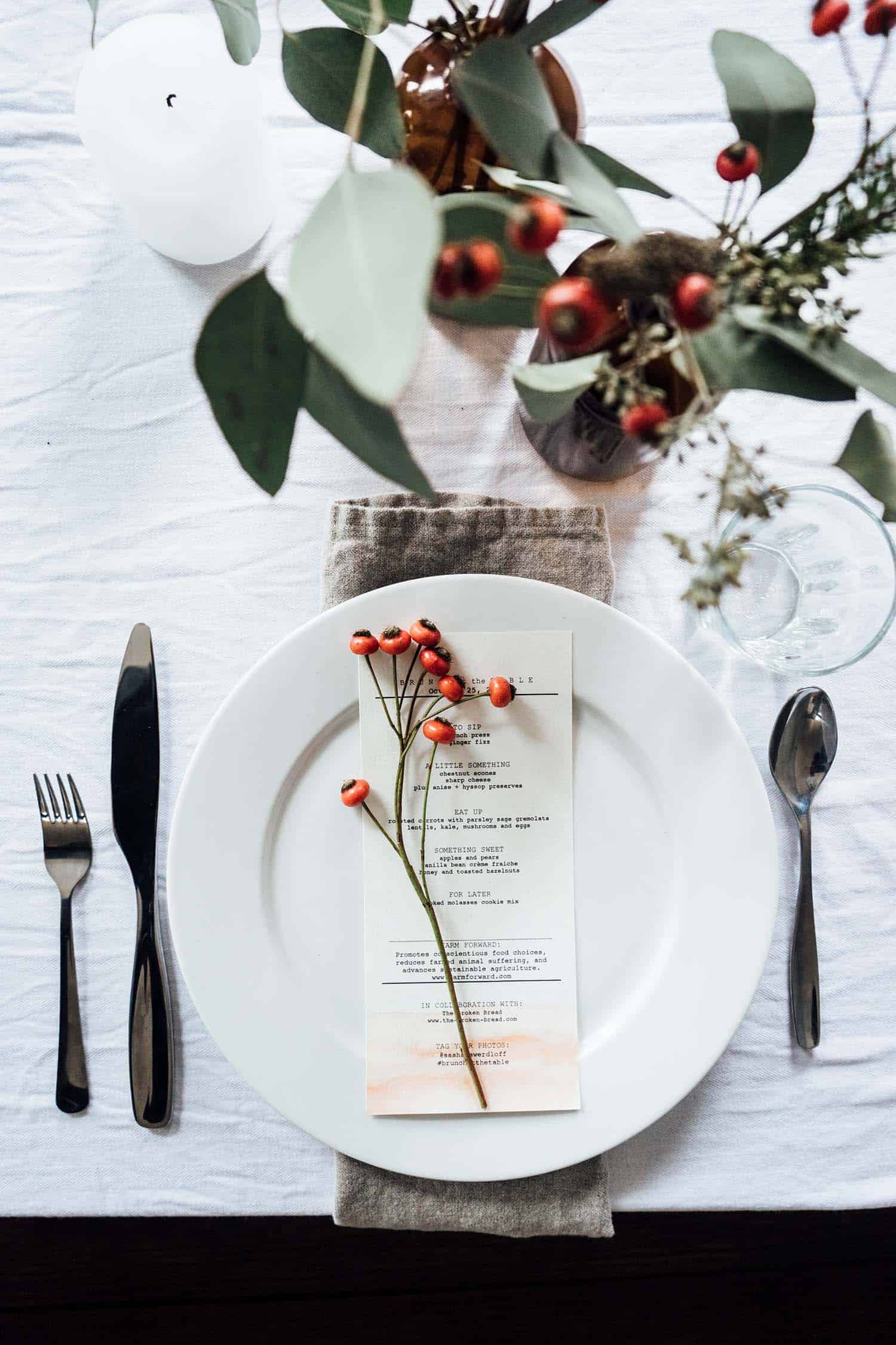 Thanksgiving-Table-Place-Setting-Ideas-35-1-Kindesign