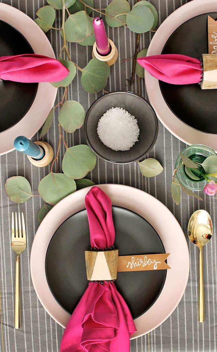 Thanksgiving-Table-Place-Setting-Ideas-36-1-Kindesign