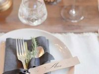 Thanksgiving-Table-Place-Setting-Ideas-39-1-Kindesign