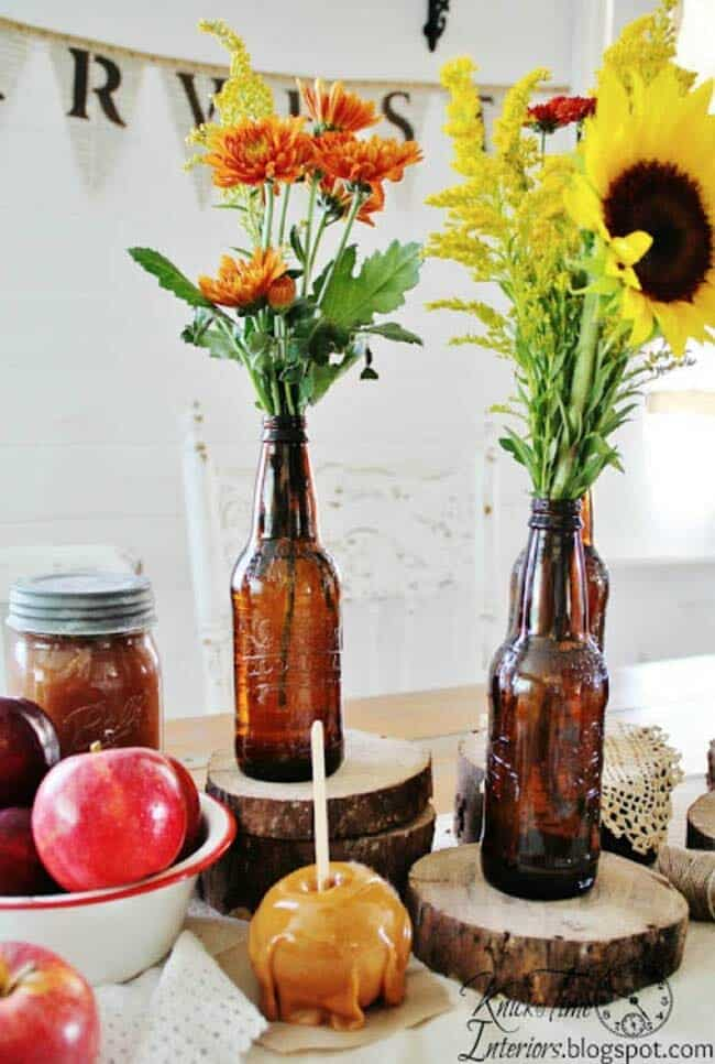 Welcoming-Fall-Table-Decorating-Ideas-08-1-Kindesign