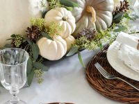 Welcoming-Fall-Table-Decorating-Ideas-25-1-Kindesign