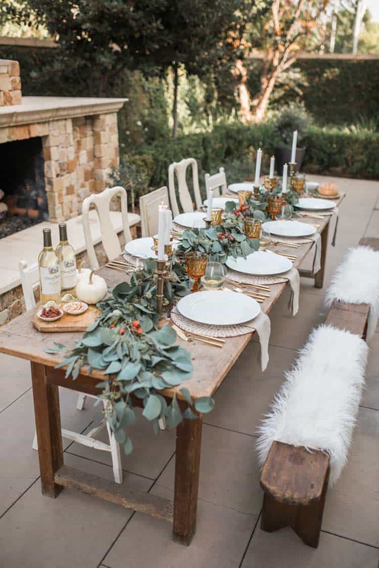 Welcoming-Fall-Table-Decorating-Ideas-26-1-Kindesign