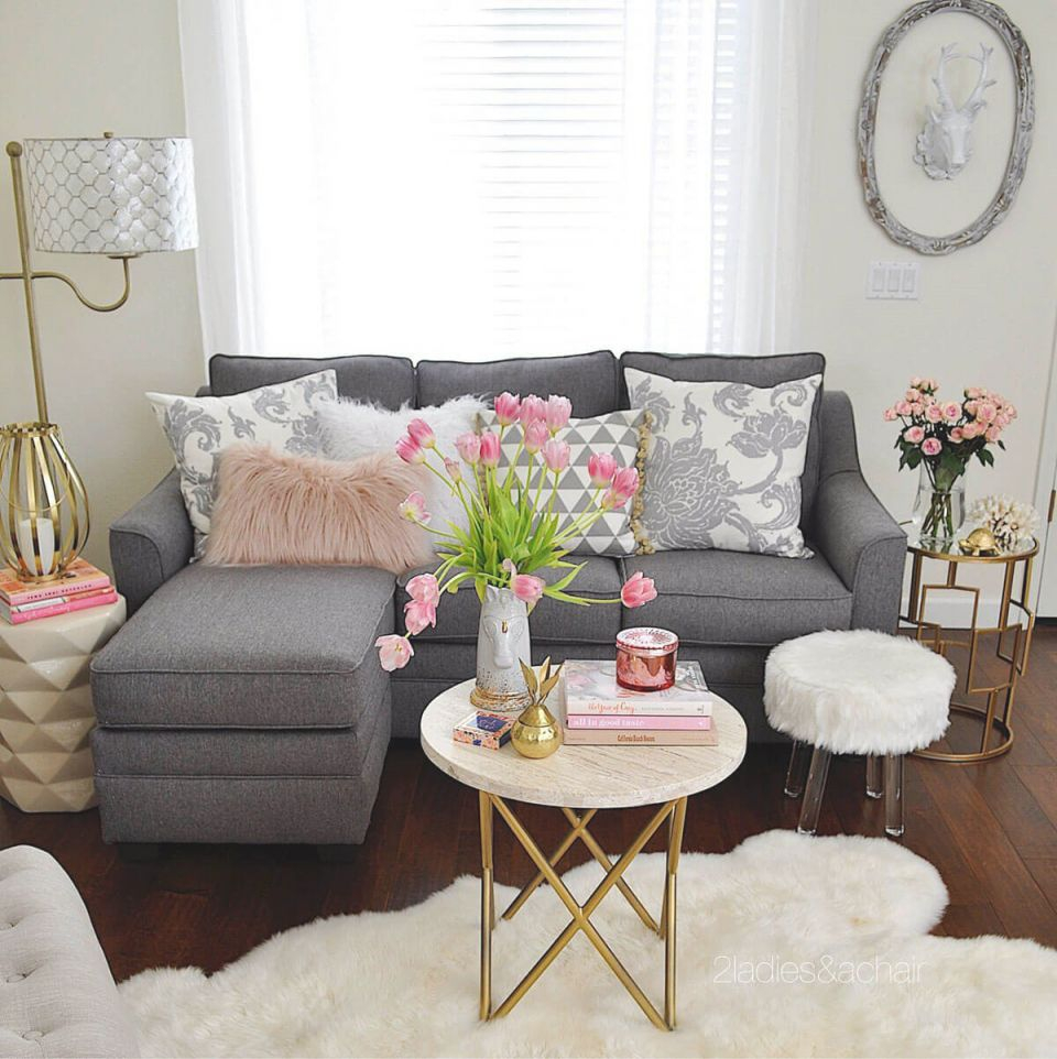 25+ Best Small Living Room Decor And Design Ideas For 2020 throughout 13+ Beautiful Ideas For Decoration Small Living Room