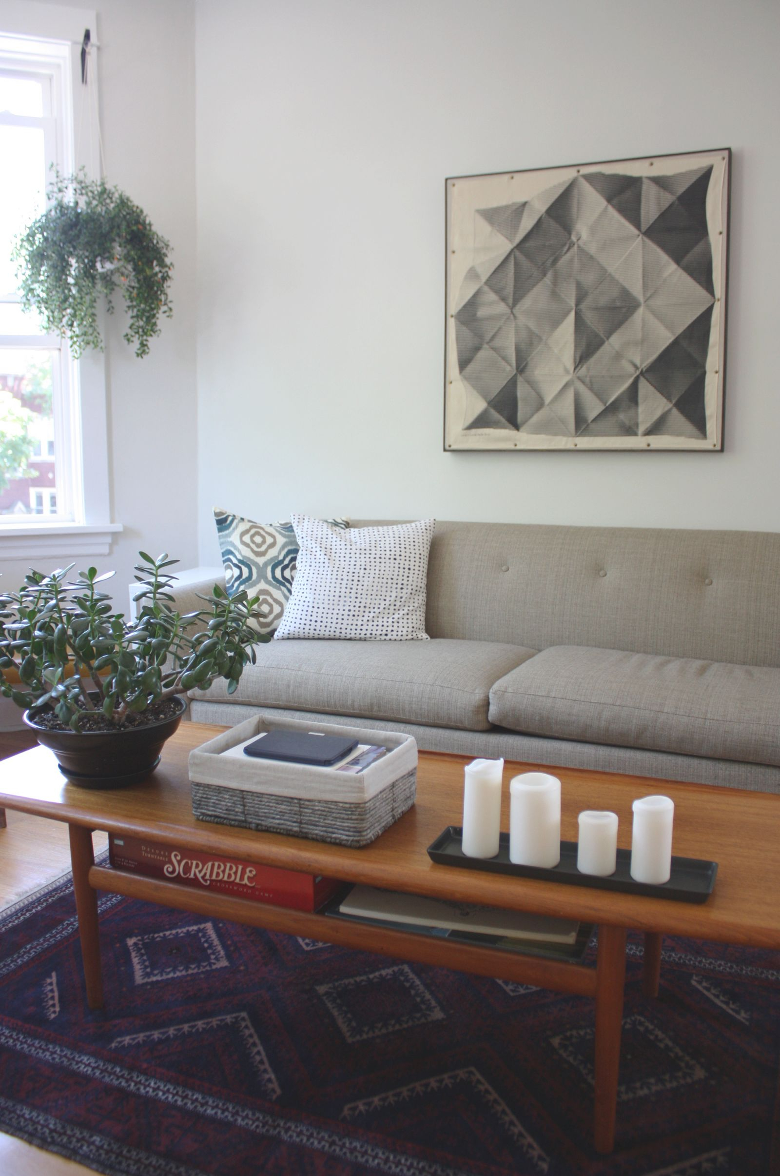 Cheap, Yet Chic: Low Cost Living Room Design Ideas regarding Decorating A Small Living Room On A Budget