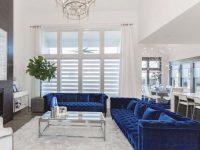 Elegant Blue And White Living Room Decor With Blue Velvet with regard to Blue And White Living Room