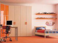 cream-orange-bed-room