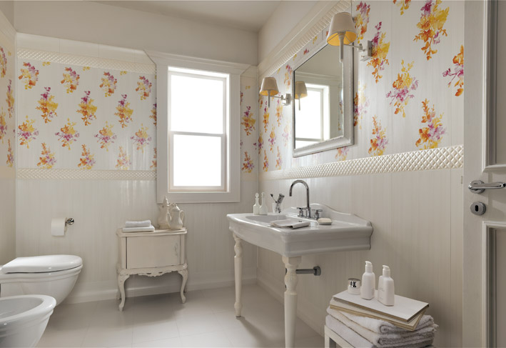White-floral-traditional-bathroom