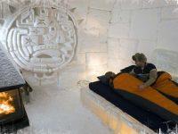 hotel-de-glace-room