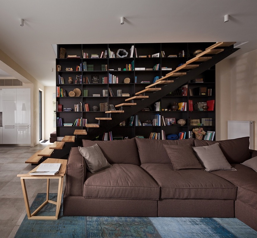 black-and-wooden-library-staircase-ideas