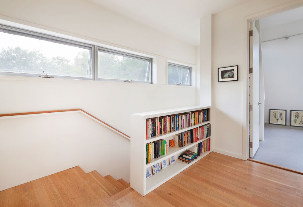 bookcase-wall-staircase-ideas