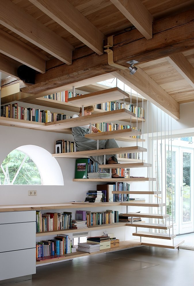 wooden-ascending-under-the-stairs-storage-ideas