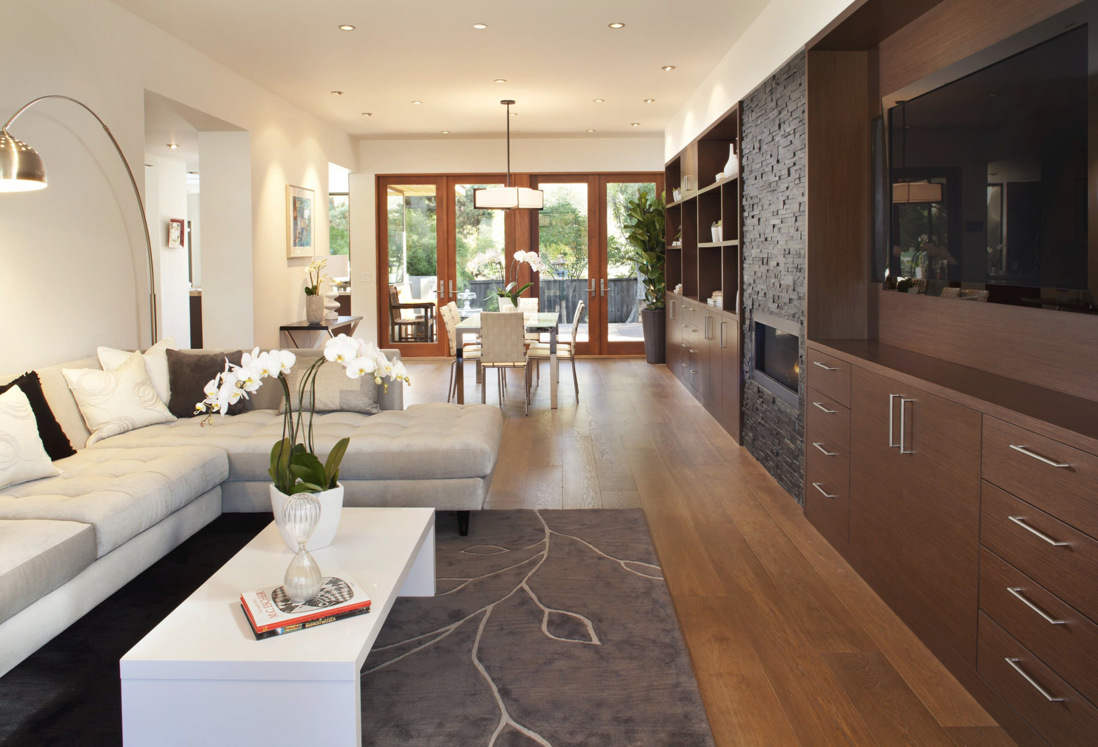 Living Room And Dining Room Combo Family Room Ideas & Photos for Living Room And Dining Room Combo