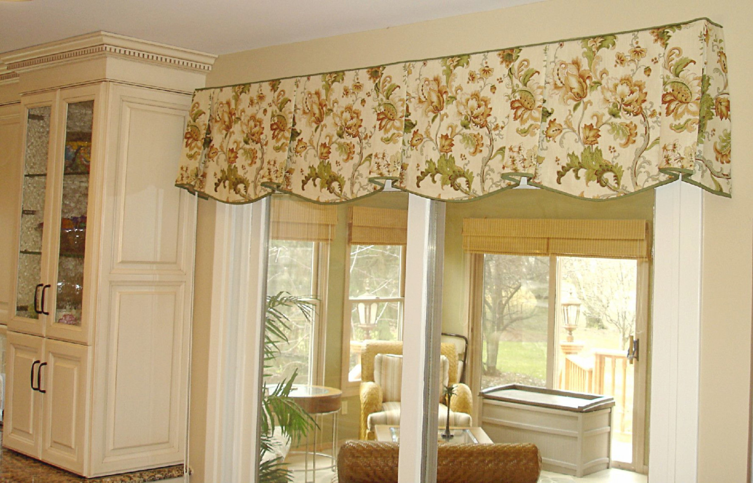Living Room Valance Ideas - Valance Ideas That Match Your throughout Valance Curtains For Living Room