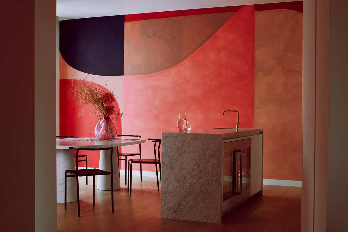 red-dining-room-walls