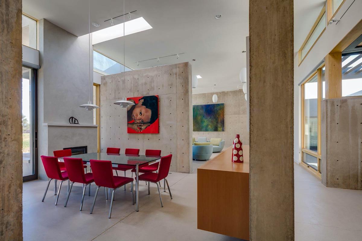 red-velvet-dining-chairs