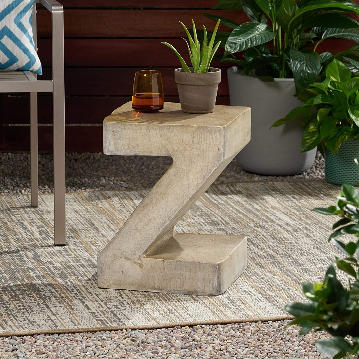 Concrete-Outdoor-Side-Table