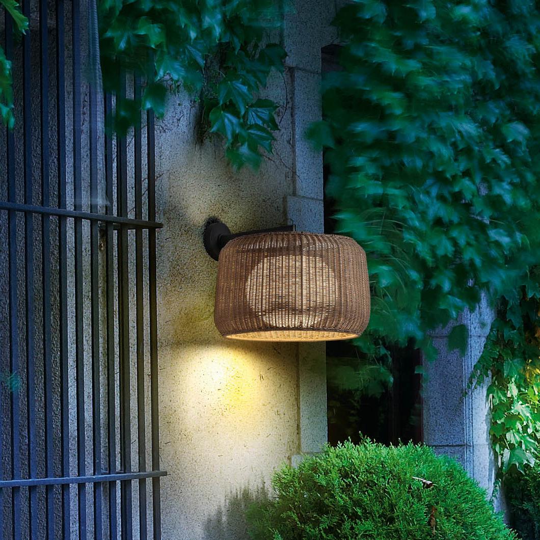 Drum-Style-Indoor-Outdoor-Rattan-Pendant
