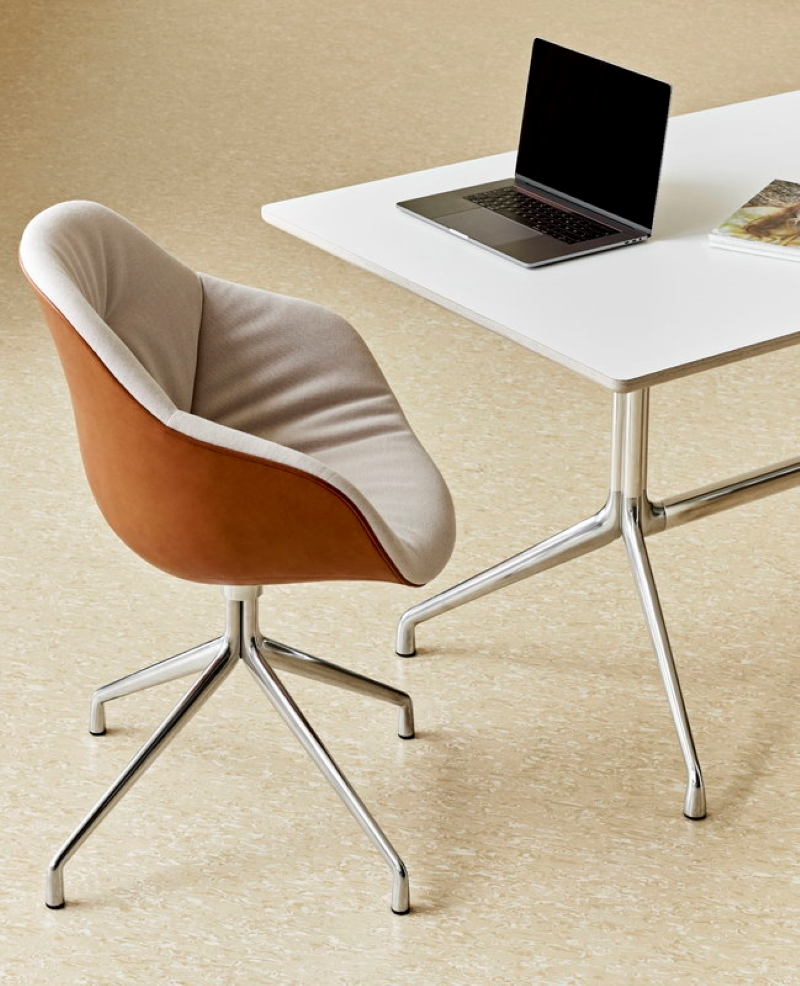 Leather-Office-Chair-By-Hee-Welling
