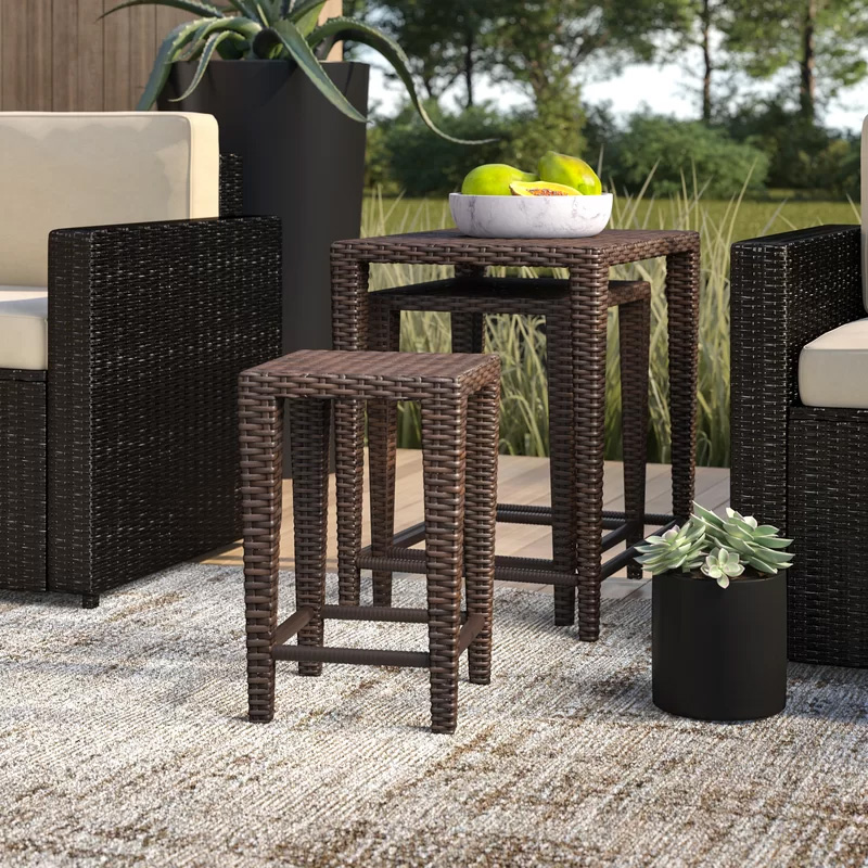 Nesting-Outdoor-Side-Tables