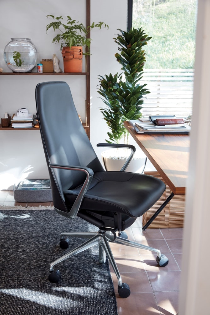 Taper-Chair-by-Mark-Goetz-High-Backed-Leather-Office-Chair