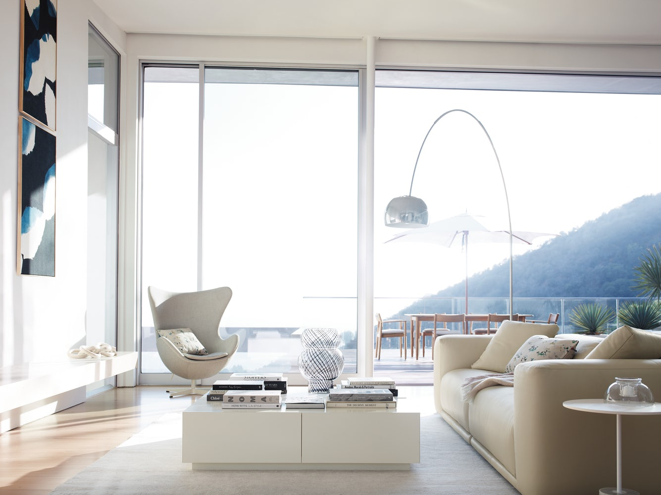 designer-white-coffee-table-with-storage-minimalistic-modern-living-room-furniture-design-multipurpose-luxury-furniture
