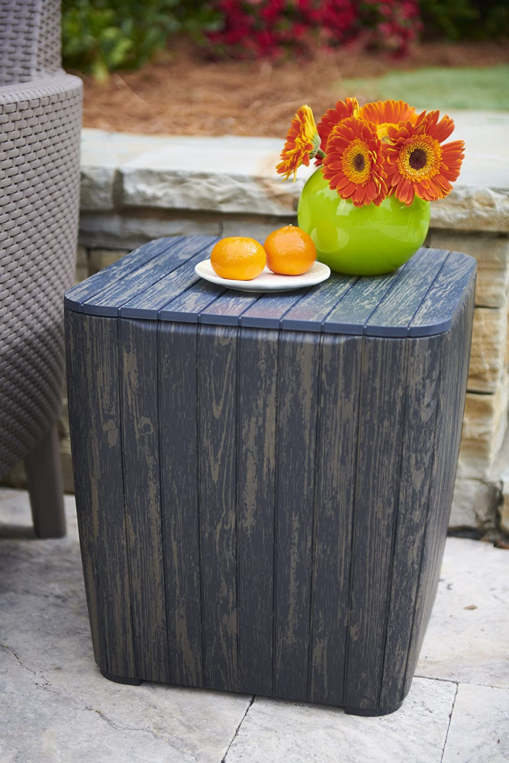 outdoor-side-table-with-storage