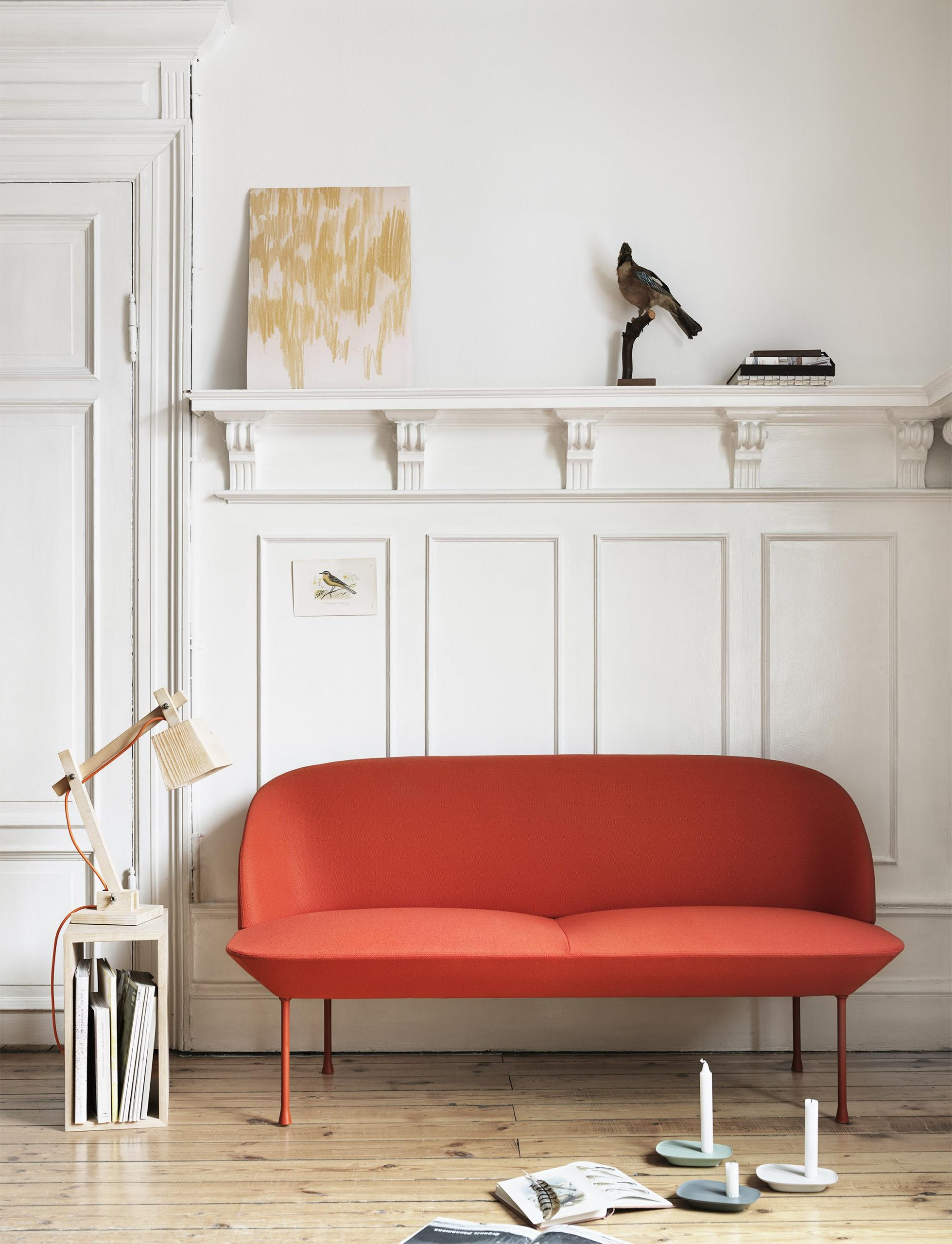 red-small-modern-sofa-with-curved-back-scandinavian-modern-furniture-for-tiny-rooms