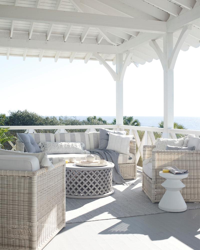 woven-rattan-outdoor-sofa