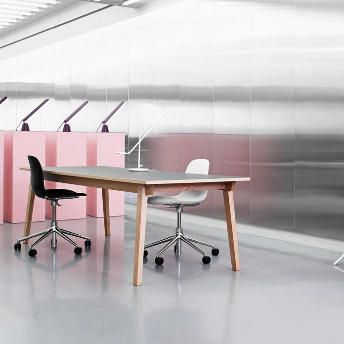 designer-white-office-chair-for-small-spaces-high-end-work-from-home-furniture-for-sale-online-minimalistic-adjustable-computer-chair
